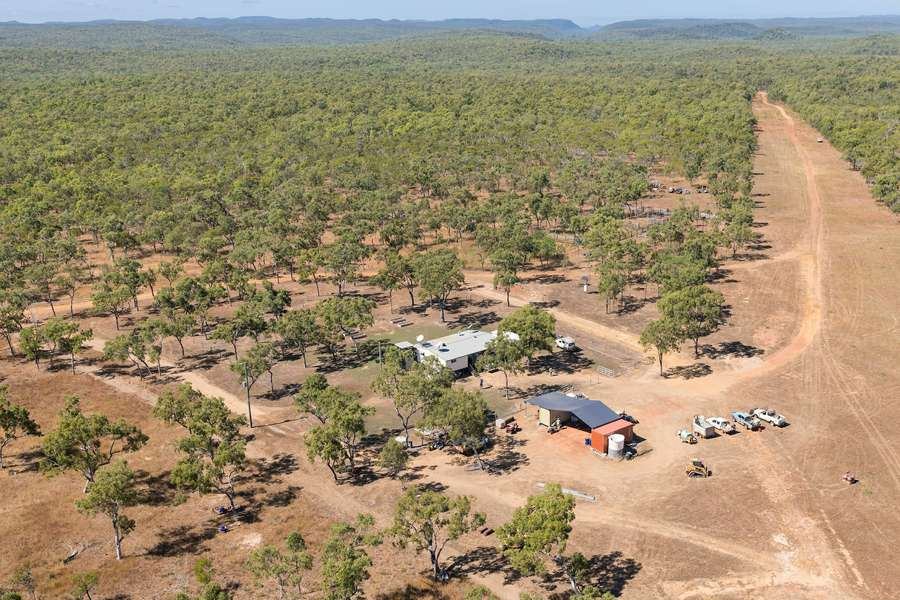 Normanby Station Arial view, homestead, airstrip and bushland